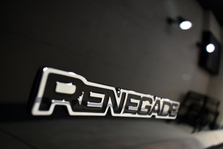 レネゲード-7